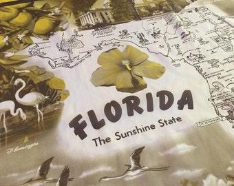 Vintage Florida map scarf with photographs -  tourist souvenir kitsch Floridiana 1940s 1950s flamingos palm trees