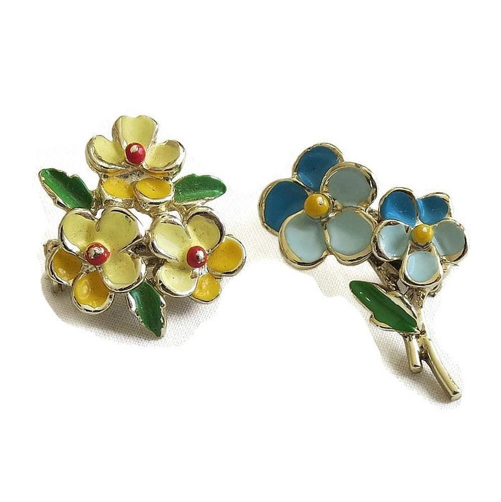 Vintage Enamel Flower Pins 93