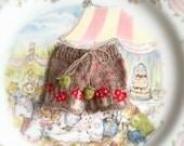 jiajiadoll-hand knitting- camel mushrooms shorts fits Momoko Or Blythe Or Misaki