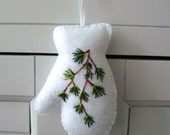 Pine Needle Branch Embroidered Mitten Felt Ornament Gift Topper