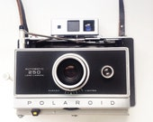 RESERVED for Sunju Kim - Vintage Polaroid Automatic Land Camera 250 Film Tested