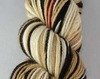 Trenchcoat - Hand-dyed self striping worsted yarn