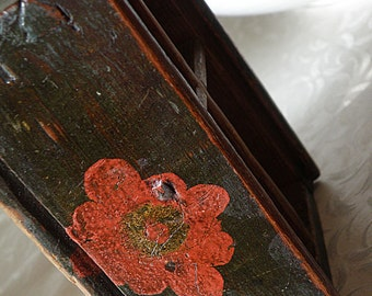 primitive dovetailed box with painted red flowers sectioned shadow box