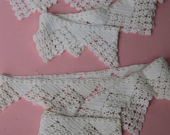 Vintage Crochet Trim handmade Lace White Triangles 2 pieces