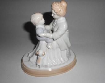 Avon Mother Child Figurine 1995 Porcelain Figurine Vintage Statue Collectible Avon