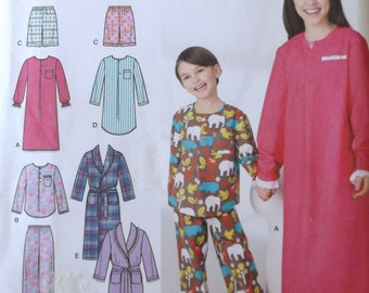 Childrens lounge wear,Simplicity 1570 Pajama Pattern Childs size 7,8,10,12,14,