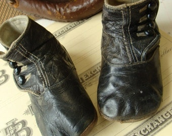 Antique Old Worn Edwardian Gorgeous High Button Boots for Large Child