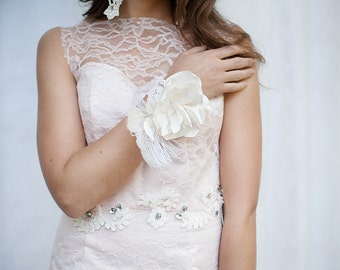 Lace and Rhinestone Illusion Tulle Belt