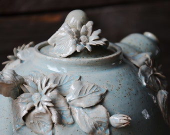 Daisy Teapot -  Stoneware teapot with daisies in light blue granitic glaze