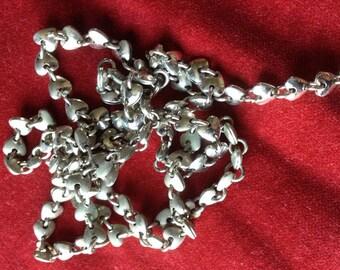 Vintage heart chain