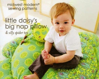 Little Daisy's Big Nap Pillow pattern (AB053LD) - Amy Butler