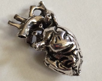 Antiqued Anatomical Heart Charm 3D
