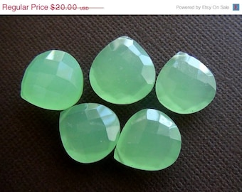 35% OFF Chalcedony faceted heart briolette