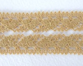 Vintage Lace Heart Trim Golden Topaz Cluny Lace Trim 5/8 inch rib0132 (2 yards)