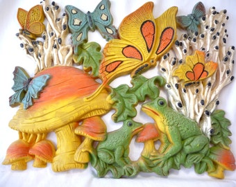 Vintage Mushroom Wall Hanging, plastic wall hanging, Homco, unique wall art, Retro Art, large Wall Hanging, colorful art, butterflies, frogs