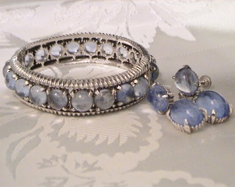 Vintage MARVELLA Blue Art Glass Cabochon Hinged Bracelet & Screw Back Earrings Set