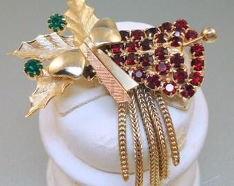 Hobe Christmas Bell Pin