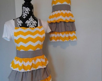 Mommy and Me Apron Set - Yellow and Gray