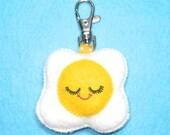 Egg Charm - Fried Egg Keychain - Felt Food Bag Charm