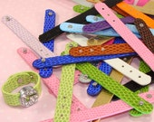 8 Faux Leather RING Strap Assorted Colors for Rhinestone Letter Slider Beads Personalized Jewelry Supplies Connect 3 to Make Bracelet