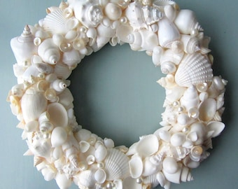 Beach Decor Seashell Wreath, Nautical Decor Shell Wreath, Coastal Wreath, Beach Wreath, Sea Shell Wreath, Beach House Decor - #WSW100