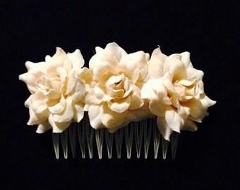 Beige Silk Flower Comb