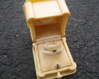 Art Deco Engagment Ring Box - 1920s