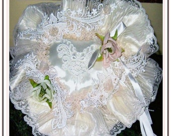 RING BEAR PILLOW Weddings, Bridal. Wedding accessories