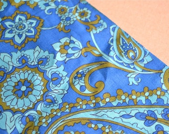 Vintage Fabric - Turquoise and Green Paisley - 44 x 36