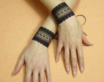 Black Lace Cuffs, Romantic Goth Wristlets with Corset Closure, Dark Wedding Gauntelts, Tribal Belly Dance, Cabaret Manschetten