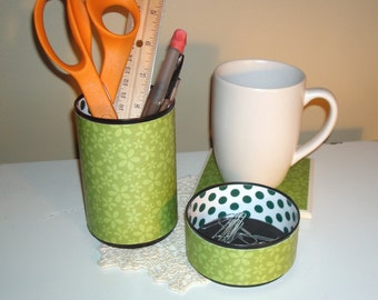 Green Floral and Polka Dots Desk Accessories - Green Pencil Holder - Pencil Cup - Office Organization - Green Office Decor - 483