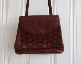 vintage Etienne Aigner Brown Woven Leather Purse / 1980s Perfectly Worn Leather Bag