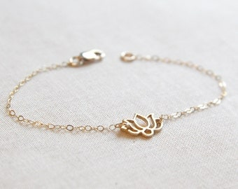 Gold Lotus Bracelet | Delicate and Dainty Chain Bracelet