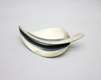 Vintage Beau Beaucraft Sterling Silver Modernist Leaf Pin Brooch