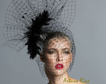 Black cocktai hat, High fashion cocktail hat, Couture hat, Avant garde headpiece, black fascinator.