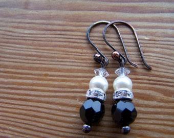 Vintage Black Glass Swarovski Glass Pearl Gunmetal Copper Earrings