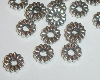 Antique silver plated pewter 8x2mm rondelle shaped spacer beads -- 50 pieces  (MB8909AS)