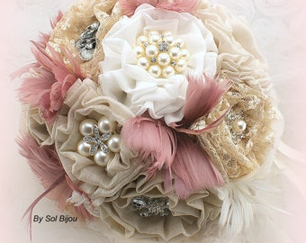Brooch Bouquet, Ivory, Tan, Beige, Champagne, Dusty Rose, Vintage Style, Elegant Wedding, Rustic, Linen, Lace, Pearls, Feathers, Crystals