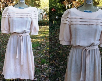 70s Dress, Vintage Dress, Feminine Dress, Puffed Sleeves, Secretary Dress in Rosy Tan Size 4