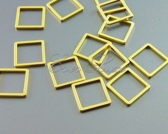 4 matte gold 10mm abstract square cube pendants 1447-MG-10