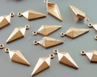 2 rose gold small kite / shield charms, brass findings, jewelry charms, layering necklace, supplies 1905-SRG (satin rose gold, 2 pieces)