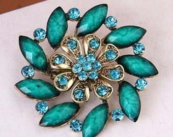 "GB248 Turquoise Glass Rhinestone Brooch Pin Gold 2.5"" (GB248-tr)"