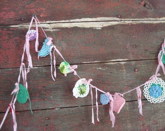 little bits of charm, banner, bunting, crochet, vintage, package decor circles round