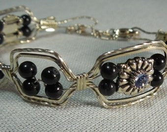 Bracelet with Syn Sapphire in Spacer Beads and Black Onyx Beads