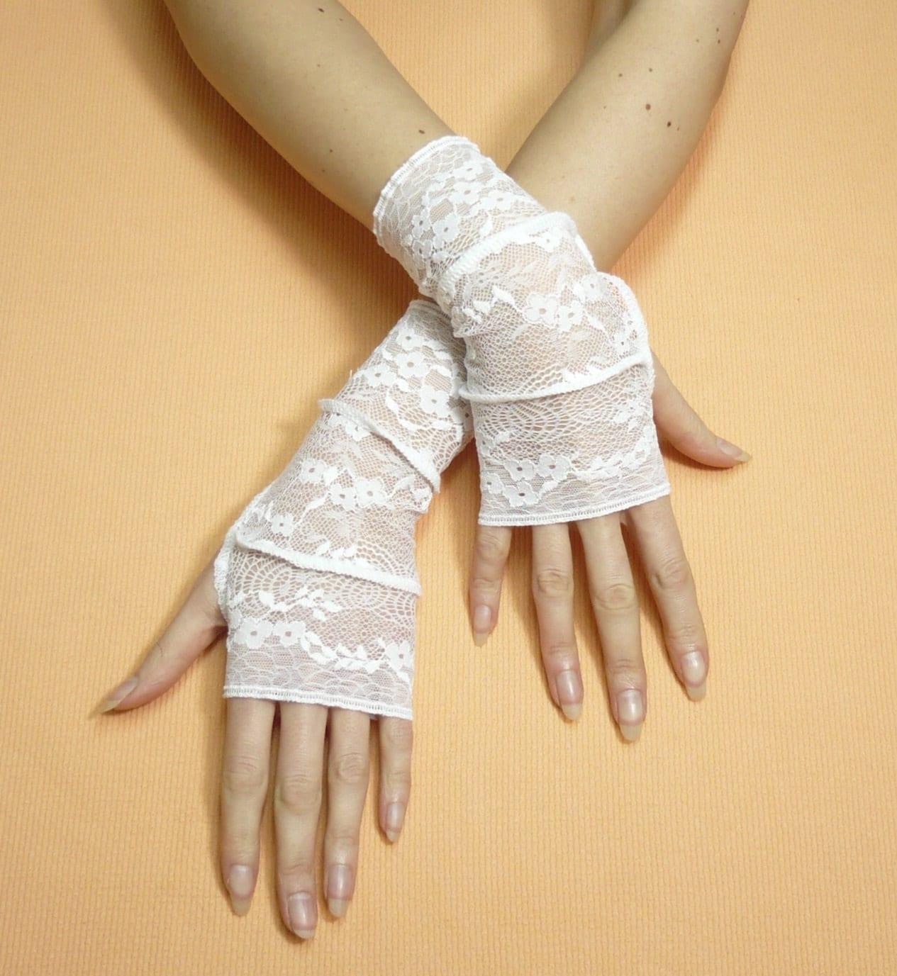 white lace fingerless gloves trashy armwarmers bohemian