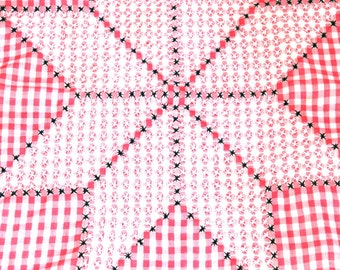Sweet Vintage Country Style Checked Tablecloth with Needlepoint Detailing- S