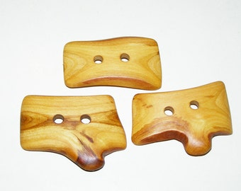 "3 Handmade  plum  wood buttons, accessories (2,05"" diameter x 1,26"")"