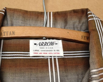 Arrow NWOT Medium Long Sleeved Shirt Brown and White Plaid1950s