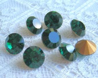 SS35 Emerald Swarovski Round Loose Rhinestone