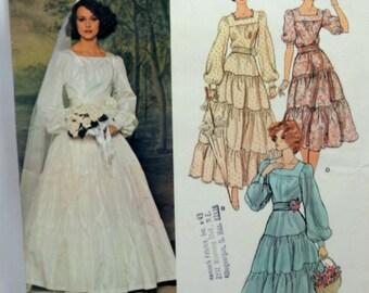 Vogue 1251, Misses' Wedding Dress Sewing Pattern, Misses Size 12, Uncut Pattern